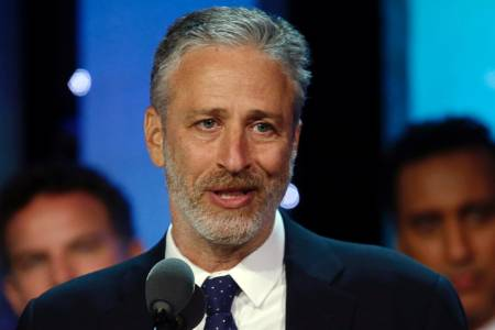 Jon Stewart: Liberals Are Hypocritical for Thinking All Trump Voters Are Racist – VIDEO