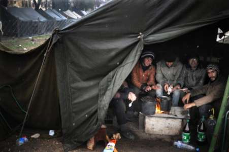 Migrants Unable to Leave Camp Due to Spread of Infectious Illness