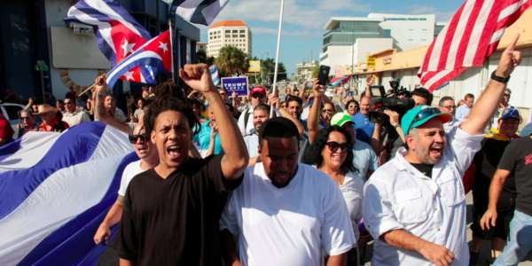 cuban-americans-have-taken-to-the-streets-of-miami-to-celebrate-the-death-of-fidel-castro