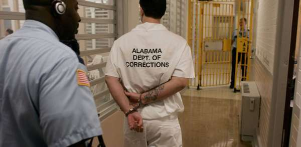 Obama Just Let 79 Inmates Out of Jail In Last Minute Push To Grant Clemency.
