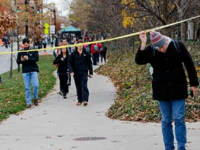 ohio-state-students-walk-under-police-tape-ap-640x480