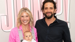 Nick Cordero's widow Amanda Kloots moves into Los Angeles home they bought before actor's death