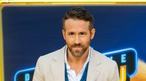 Ryan Reynolds urges young Canadians to quit partying amid COVID-19 pandemic: 'Don't kill my mom!'