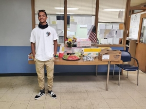 Teen Who Fed Columbus Officers Working Protests Delivers Meals to Cleveland Police