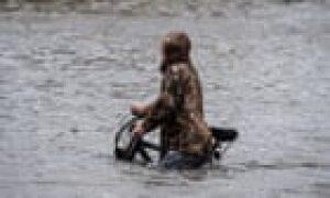 Floods grip Alabama and Florida as wildfire smoke reaches Europe – US politics live