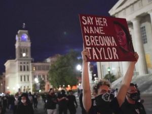 Photo: Flare Thrown into Library During Louisville Riot over Breonna Taylor