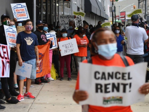 Anti-Eviction Activists Urge 'Rent Strike' in New York During COVID-19 Pandemic