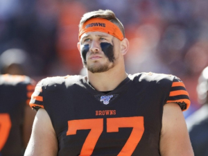 Browns Lineman Wyatt Teller Sparks Controversy After Killing, Posing with Alligator