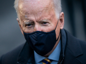 Feminist Naomi Wolf: Joe Biden 'Struggling Physically' a National Security Concern