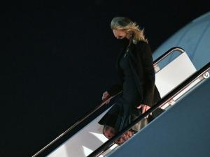 Jill Biden Plays the April Fool to Prank Traveling Press