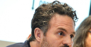 Mark Ruffalo: 'It's Time for Sanctions on Israel to Free Palestinians'