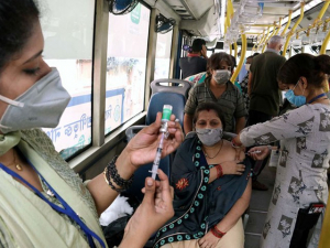 India: 2,000+ People in Mumbai 'Duped' into Buying Fake Vaccines