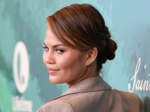 Fox News Article on Chrissy Teigen Omits Cyberbullying Scandal, Lost Business Deals