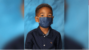 'Not an Isolated Incident': 6-Year-Old Boy Wears Mask in School Photo Following Mom's Orders