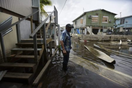 Trump, Ryan clear the way for gov't cash to Puerto Rico