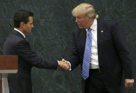 Mexico's Pena Nieto, Trump speak by phone, to meet Jan. 31