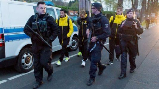 Borussia Dortmund attack: Police investigate Islamist link.