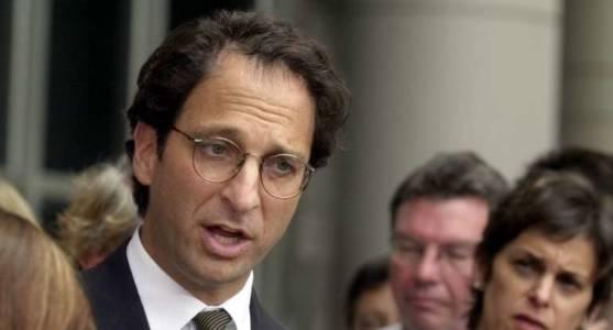 Mueller Siccing 'Jack the Ripper-Like' Prosecutor on Manafort to Make Him 'Flip,' diGenova Says