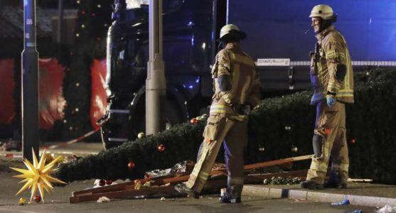 French City Cancels Christmas Market, Can't Afford € 20,000 in Security Costs After ISIS Attacks
