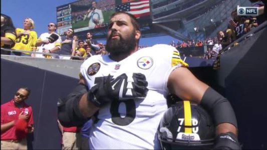 Former Army Ranger is Only Steelers Player to Stand For National Anthem – His Entire Team Hid in the Locker Room (VIDEO)