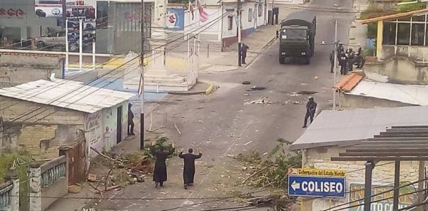 Catholic Priests Attempt to Save Wounded Protesters in Venezuela