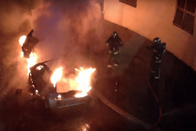 France Claims 'No Incident' After 1,000 Cars Torched on New Year's Eve – VIDEO