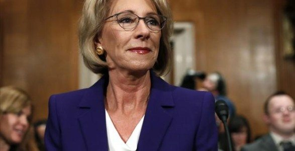 Senate Committee Approves DeVos for Education Secretary