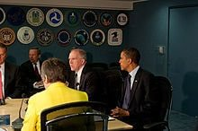 Description: http://upload.wikimedia.org/wikipedia/commons/thumb/9/97/FEMA_-_41223_-_President_Obama_visits_FEMA_headquarters.jpg/220px-FEMA_-_41223_-_President_Obama_visits_FEMA_headquarters.jpg