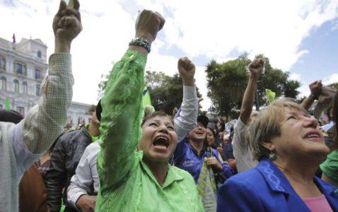 ECUADOR AND DEMOCRACY.