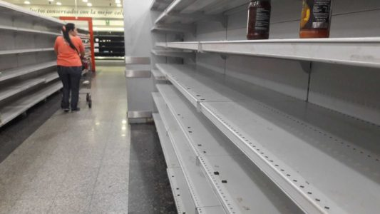 SOCIALIST PARADISE: Several Dead, 15 Injured In Fight For Food In Venezuela.