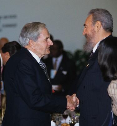 http://www.babalublog.com/wpr/wp-content/uploads/2013/03/RockefellerCastro.jpg