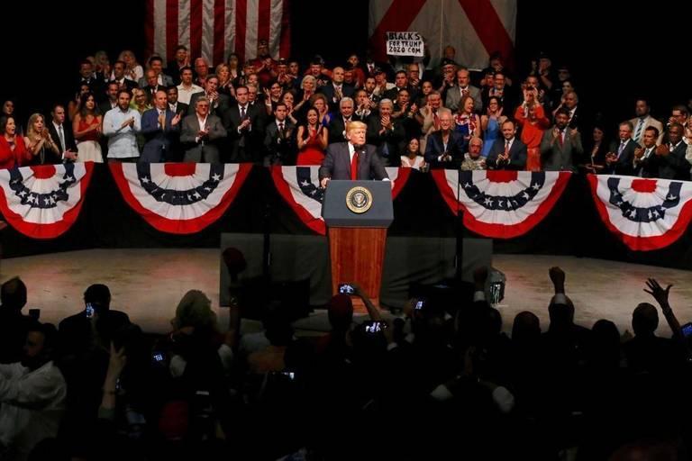 http://www.miamiherald.com/news/nation-world/world/americas/cuba/5in4fw/picture156579399/alternates/FREE_768/TrumpCuba%20one%20mhd%20add