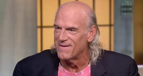 Jesse Ventura: If Trump Builds Wall, 'Take Down Statue of Liberty'