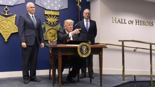 BREAKING: Trump suspends refugee program, vows to weed out Islamic radicals